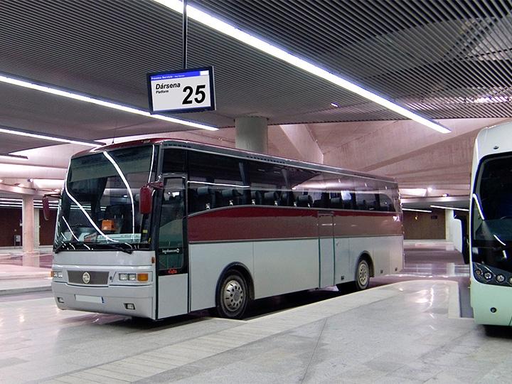Solución de Información para Estaciones de Bus