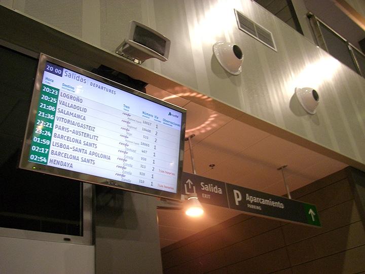 Información al Viajero en Estaciones de Tren y AVE